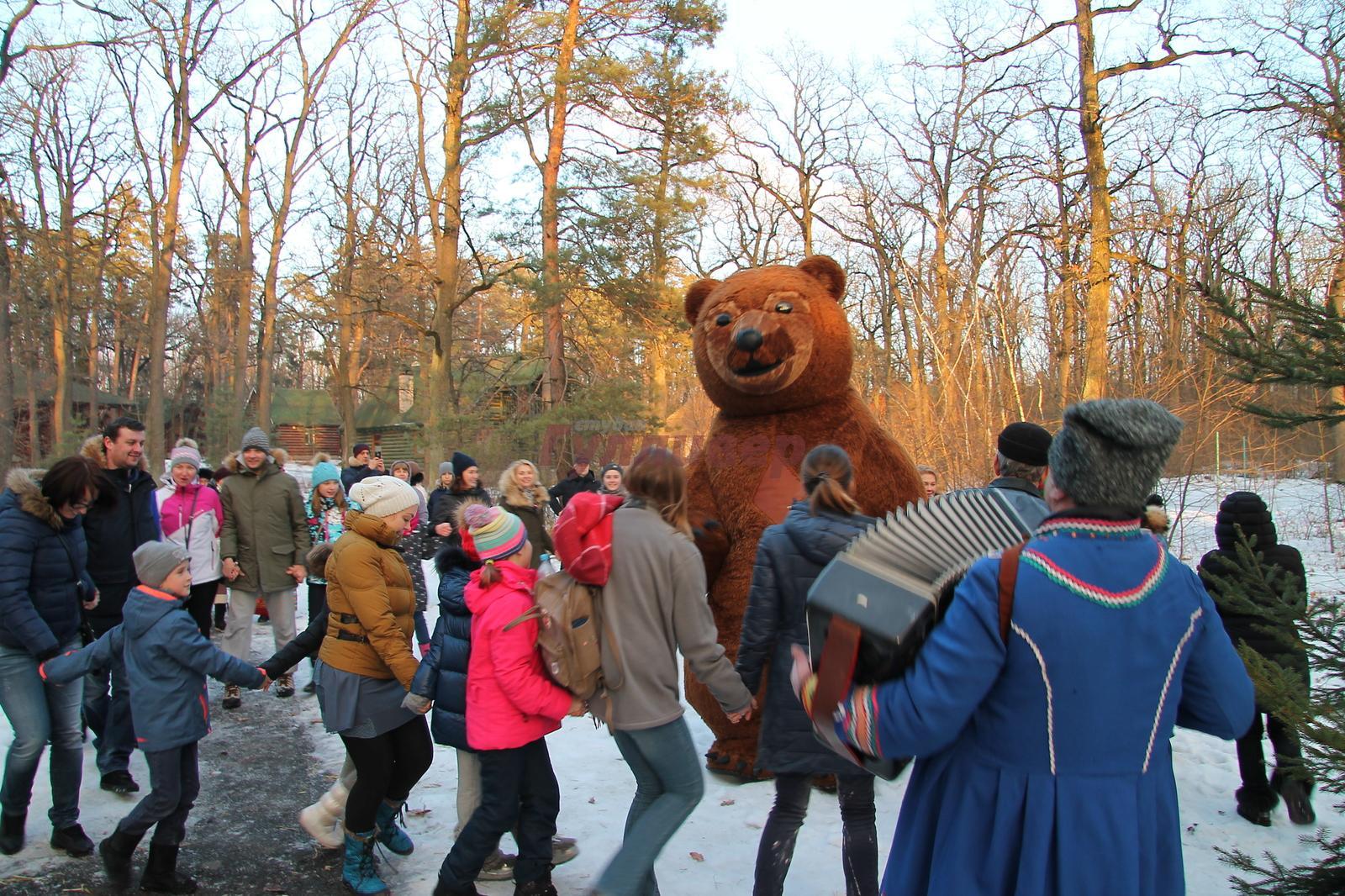 Bears at Shrovetide carnival